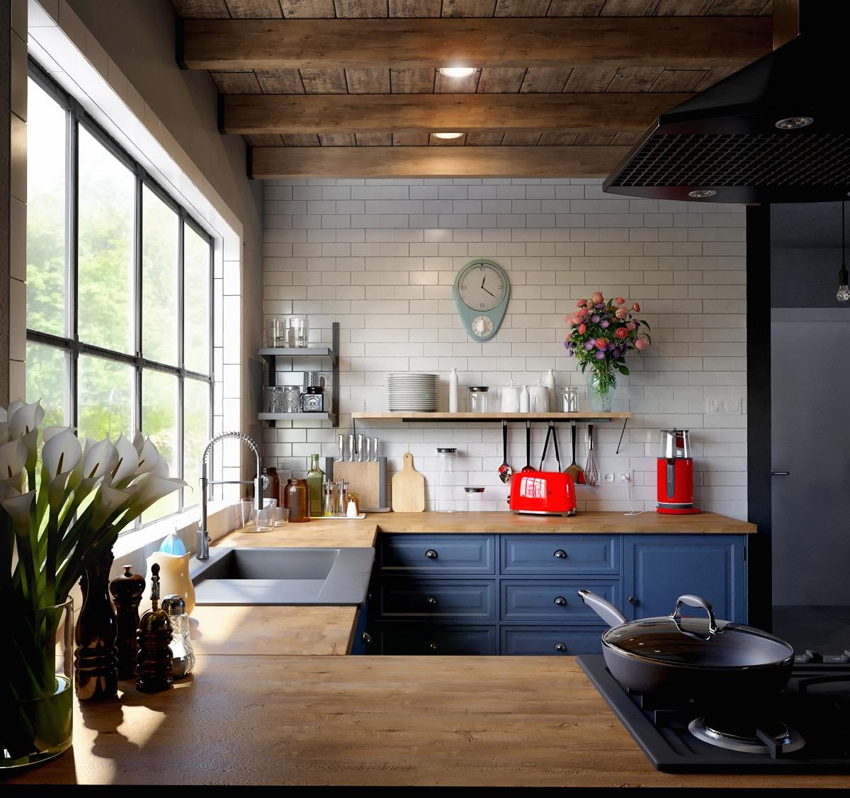 لوازم برقی قرمز رنگ در آشپزخانه