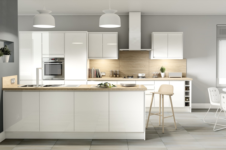 جلوه آشپزخانه سفید رنگ در فضاهای تاریک